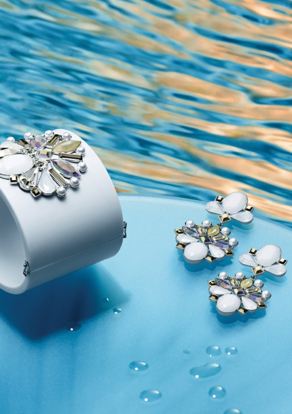 Swarovski_triumphal_cuff_earrings