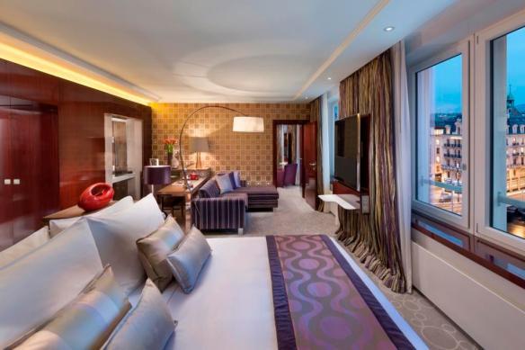 05 Deluxe Suite Bedroom 3