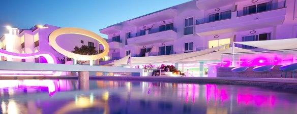 hotel santos ibiza Coast Suites piscina9