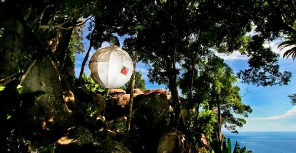 cocoon-tree-mobiliario-de-diseno-exteriores-cabanas-arboles2