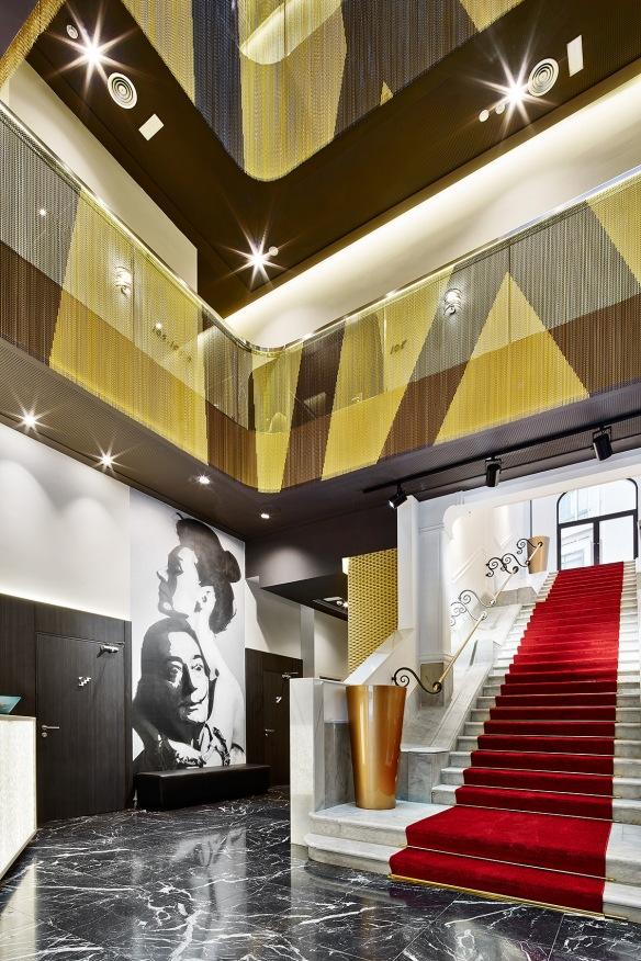 KRISKA HOTEL GALA 01